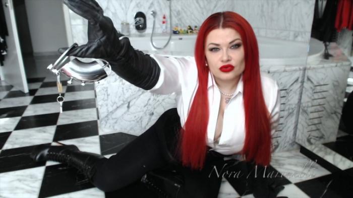 Nur ein keusch gehaltener Sklave ist ein guter Sklave;-)