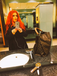 Shopping Date mit Mistress Nora
