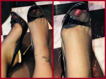 Deine Sucht nach nylonbestrumpften Füßen