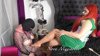 Erlebe meine Voyeurcam mit Sklavin Lisa